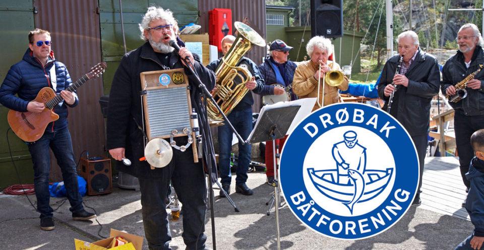 DRøbak Båtforening feirer våren 2017 på Bergholmen, Cabinorkesteret spiller gladjazz.