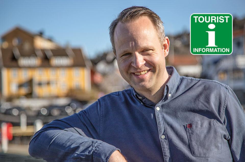 Turistsjef Atle Conradsen ønsker velkommen til Drøbak.